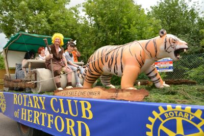 the rotary club float  in 2013